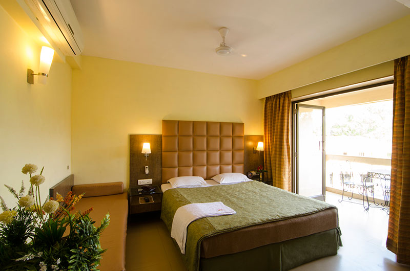 Book Super Deluxe Room at Hotel Millennium Park, Panchgani